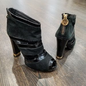 Tory Burch A78A booties